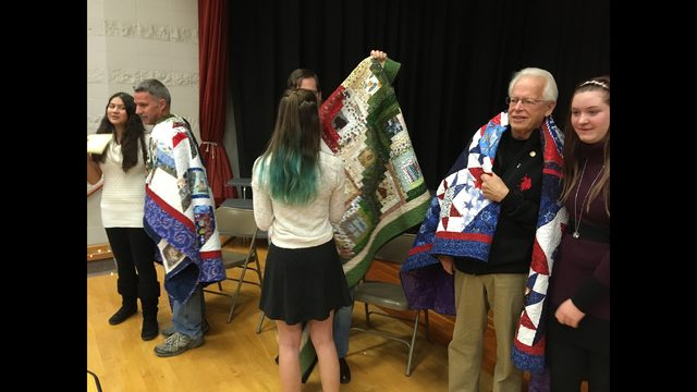 Belleville students surprise veterans with 'Quilts of Valor'