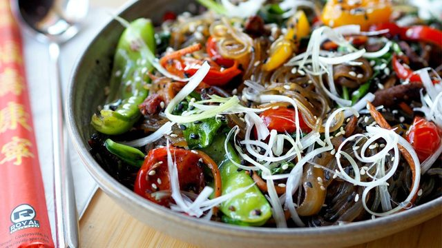 6 noodle bowls you need delivered to your house right now