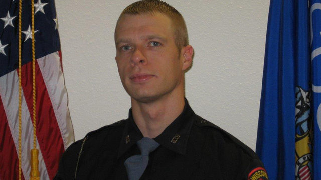Official: High speed a factor in crash that killed Wisconsin trooper