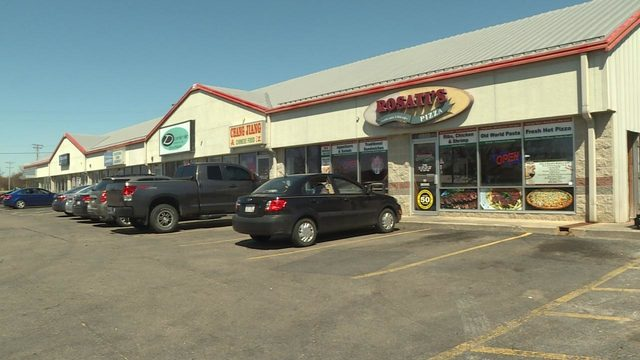 Robbers target east side pizzeria for second time in week
