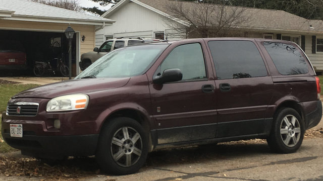 Janesville officials warn public of sex offender offering young girls rides