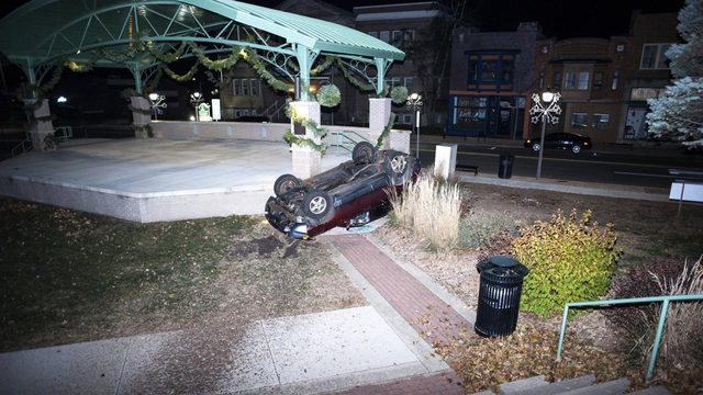 Airborne SUV in police pursuit lands on Janesville courthouse lawn, police say