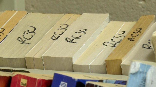 For Rock County Jail inmates, reading helps them 'escape'