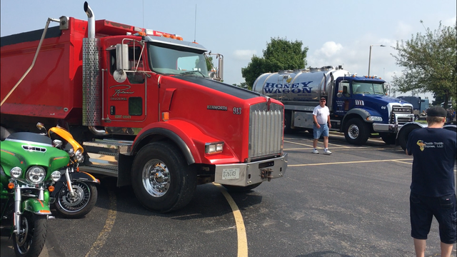 18 wheels for Bubba: How a team of truck drivers worked to make a boy's wish come true