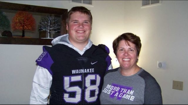 Waunakee-DeForest rivalry takes back seat to save a life
