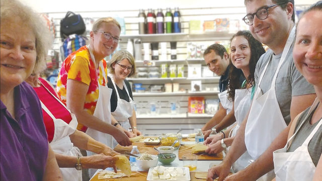 9 places to find cooking classes in the Madison area