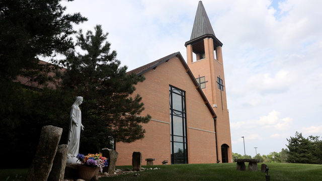 As Wisconsin Catholic clergy accused of sexual abuse grows, the trauma lingers