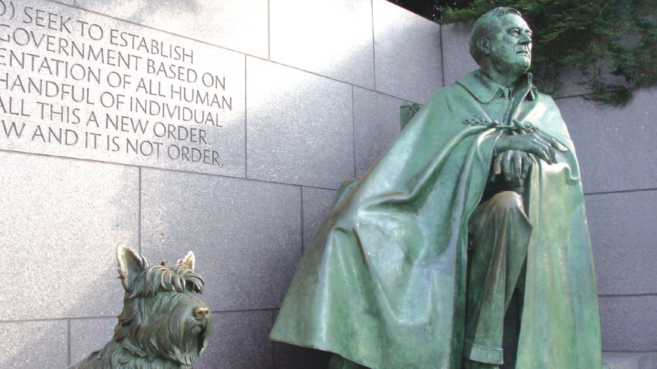 statue of franklin delano roosevelt with his dog Fala at the FDR monument